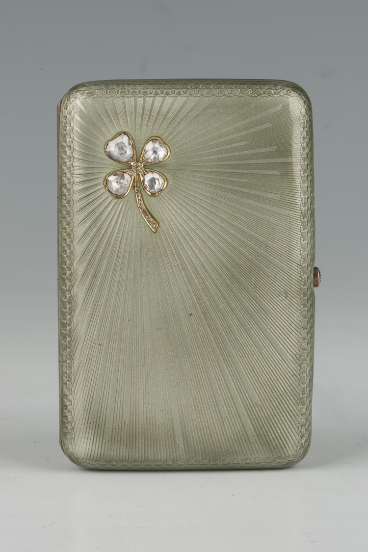 Cigarette case - фото, ракурс 1